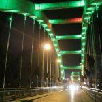 نورپردازی پل معلق توسط  واحد زیباسازی شهرداری آمل+عکس