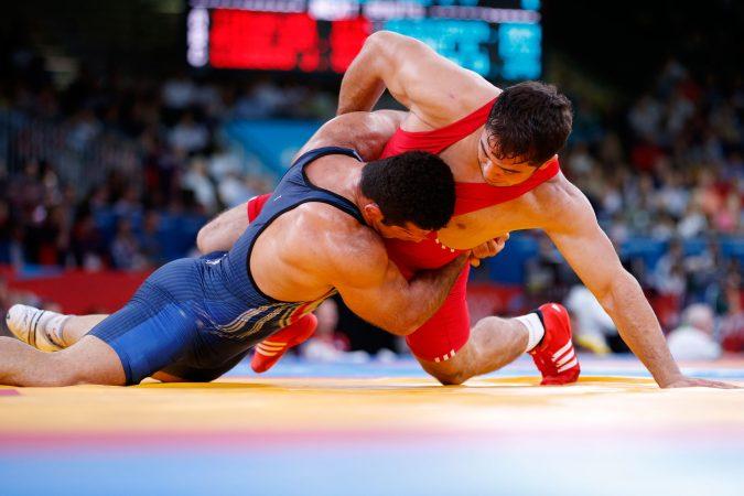 استقبال پرشور آملی ها از قهرمان طلایی سنگین وزن جهان